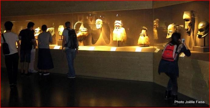 1-congo gallery 09.JPG
