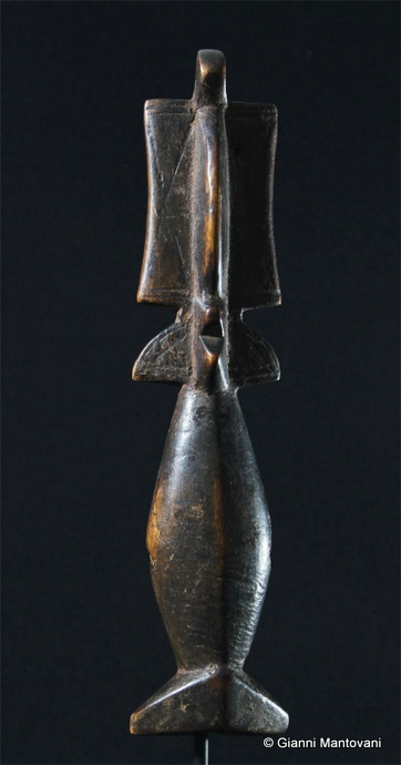 1-45)Burkina-Faso-cm28,5 (2).JPG