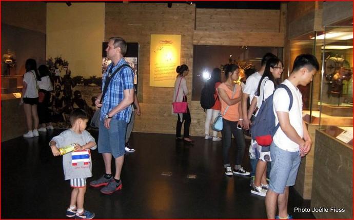 1-congo gallery 11.JPG
